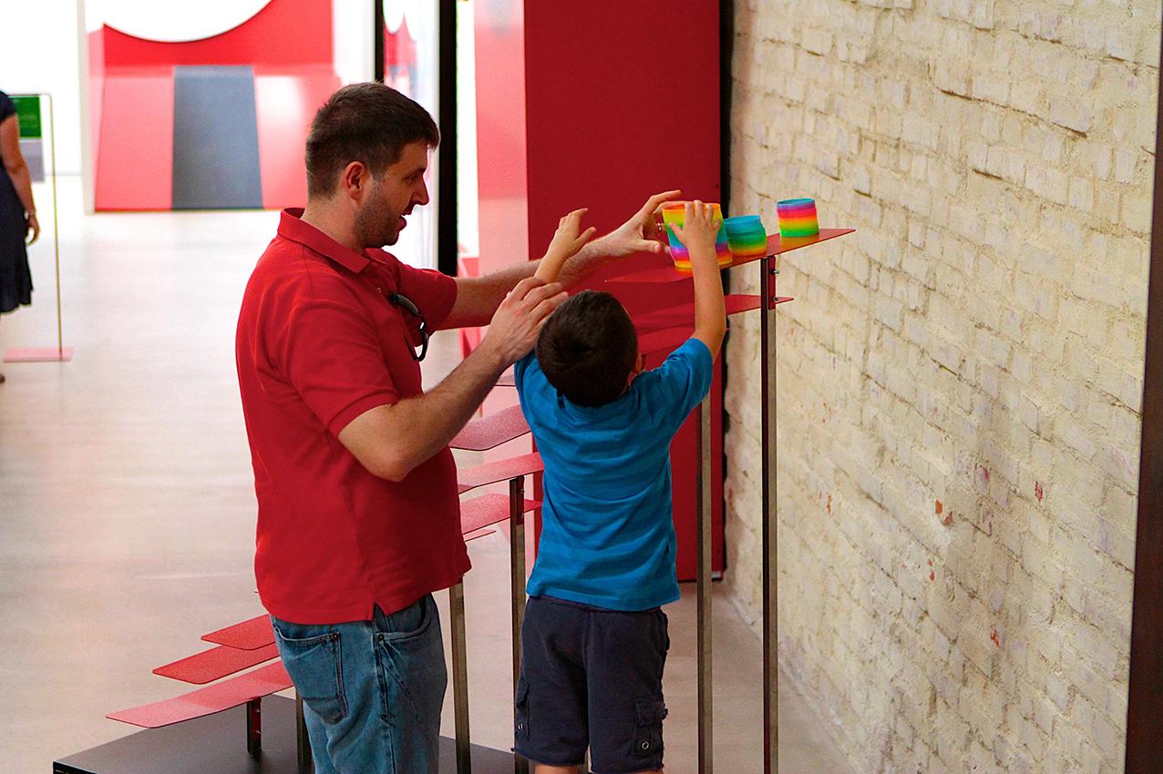 Pordenone, 25 luglio 2014. Laboratori per bambini presso la sede dell'Immaginario Scientifico a Torre di Pordenone. Ph Massimo Goina.